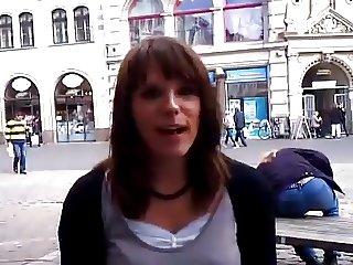 Die suesse & sexy Stefanie mit Heliumstimme