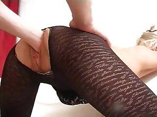 Amateur - Short Hair Blond Mature Fist & Ass fuck