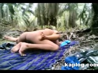 Asian couples fucked in the forest