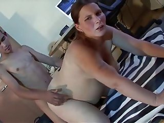 Pregnant Amateur MILF Pokedina Fucks Young Boy