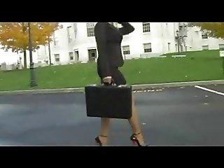 Bella Rubia con 6 inches High heels