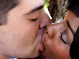 Kissing MJ Video 3 Preview
