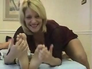 foot tickle instruction