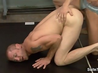Naughty sporty jocks Brenn Wyson and Phenix Saint suck their large cocks