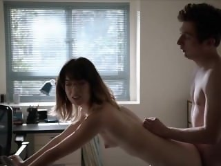Nichole Bloom in Shameless s05e08 - topless
