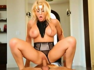 MADISON IVY WEAR MASK WHILE FUCKED HARD [HD]