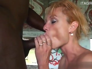 Sexy girlfriend brutal gagging