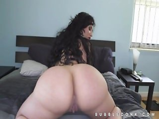 Carmen DeLuz giant ass hot teasing