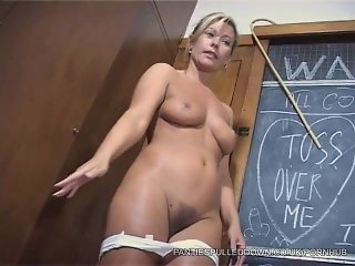 Uber Milf Tracey Coleman's Sex Ed Class