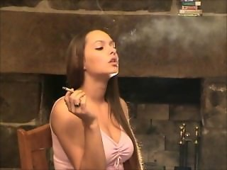 Smoking Fetish: Lynn - No bullshit 3
