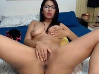 Hot colombian latina shaking big fat juicy ass and tits via 720CAMS.COM