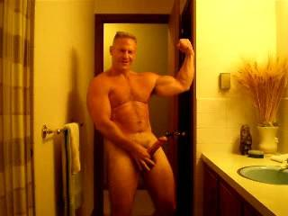 DILF Flexing, Posing, and Jerking