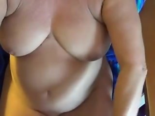 Grandma gives blowjob with cumshot. Jeanna from dates25.com