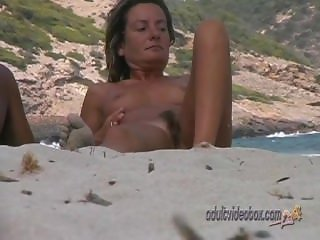 Nudist Beach Teen Girls Voyeur Serie 69