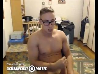 Italian pornstar Max Felicitas strips and wanks his huge cock on cam4