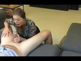 Professional couple blowjob at homeat at Sexdatemilf.com