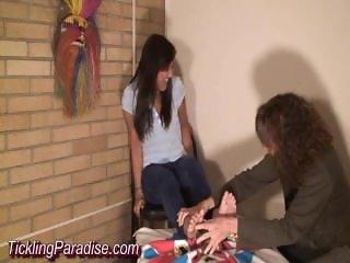 Ticklish Interview Scarlett (TP)