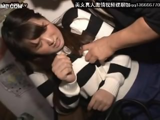 cute japanese schoolgirl seduced by geek in bus 22