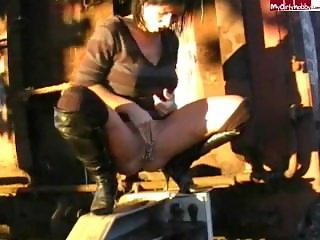 German Amateur Girl Fremdbepisst