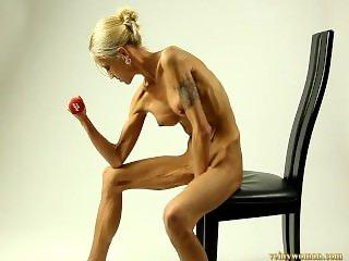 carmen skinny muscles
