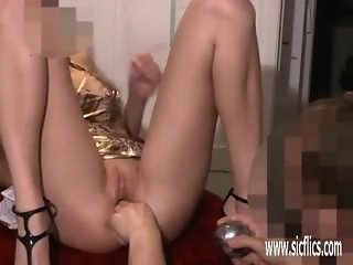 Amateur milf From SEXDATEMILF.COM brutal fisting and insertions