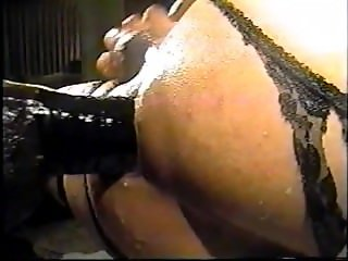 Butthole Machine on rapid fire colse up anal action.