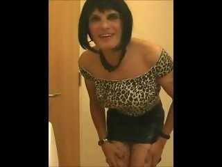 Donna Dee Sissy Smoke And Poppers