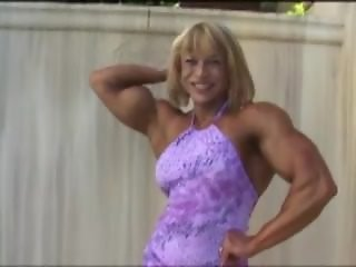 Juliette Bergman - Muscle Dress