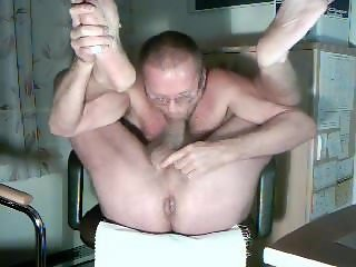HARRI LEHTINEN WANKING AND SUCKING HIS OWN COCK WITH HOT CUM DELIGHT!