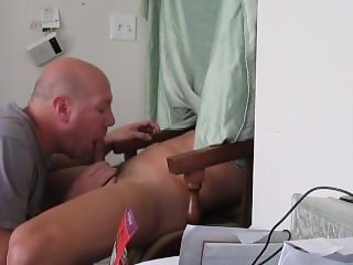 Gloryhole Kick back huge tasty load