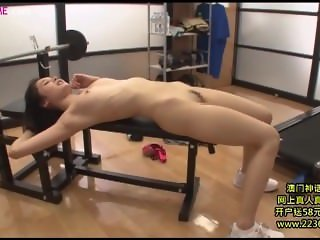 horny gym girl 6