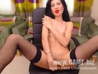 milf freecamz Experienced female caresses her slender body and masturbates