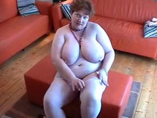 Mature BBW Chris 44G 02