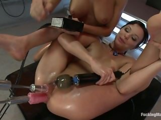 Amy Brooke & Alysa fist & fuck each other & machines into a huge squirtfest