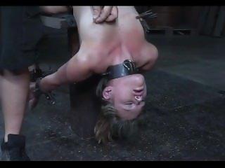 Bondage slave girl-