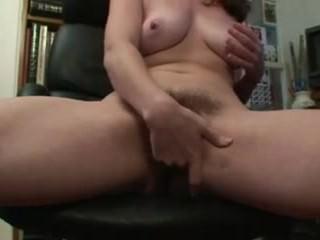 Hot female is super horny SnapWhores.Com