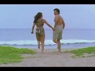 ROMANTIC MALLU FIRST NIGHT SHAKEELA SCENES