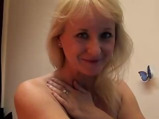 babe monicutex flashing pussy on live webcam - 6cam.biz