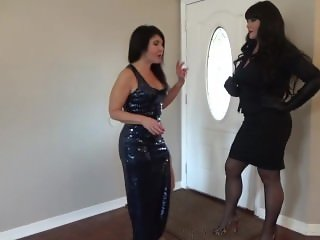 Tall Amazon Sophia Destroy Her Tiny Boss