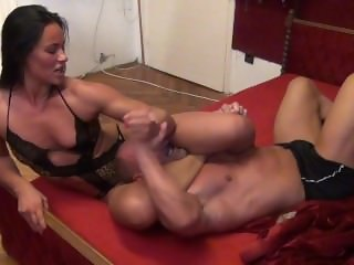 Fbb mixed wrestling Tia