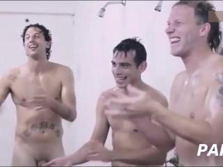 Ambiance in men's shower room (part2): funny compil from mainstream movies