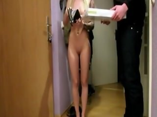 Hot Blond Fuked By Pizza Delivery