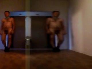 P187 pornhub nackter Mann im Spiegelsaal 7c8a1 Nude Man in the Mirror Hall