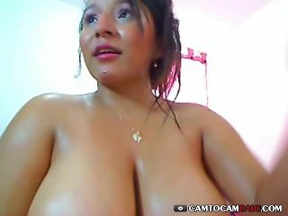 Webcam Latin woman squirt pussy show