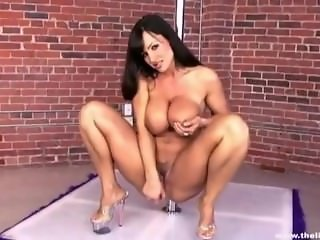 Lisa Ann hot Striptease