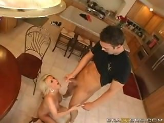 Busty Cougar Facialized Diamond Foxxx