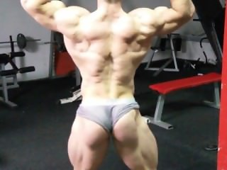 Tomislav Damjanovic posing - March 2016