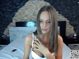 www.find6.xyz babe candeetease masturbating on live webcam