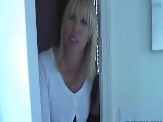 Mother jerks off son before school- Keri Lynn - WWW.HORNYFAMILY.ONLINE