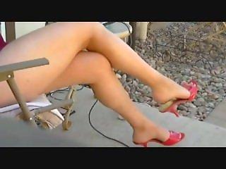 Sexy Legs sit